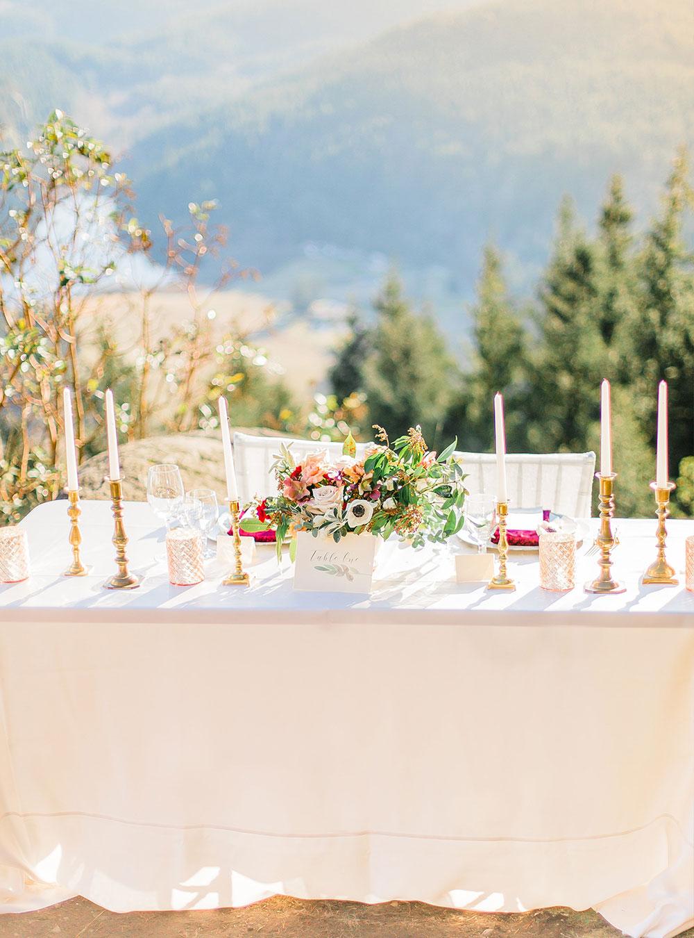 White Linen, White Dupioni, White Tablecloth, Outdoor Linen, Outdoor Tablecloth, Outdoor Table Setting