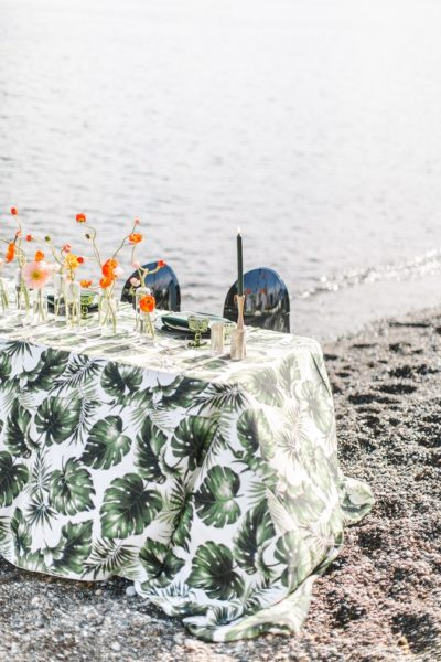 Swaying Palms Table Linen, Tropical Table Cloth