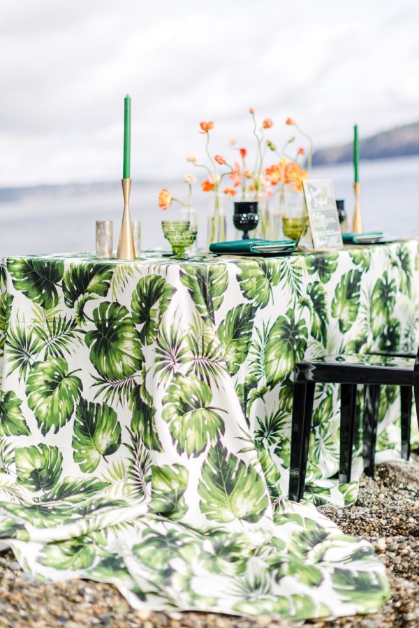 Swaying Palms Table Linen, Tropical Table Linen