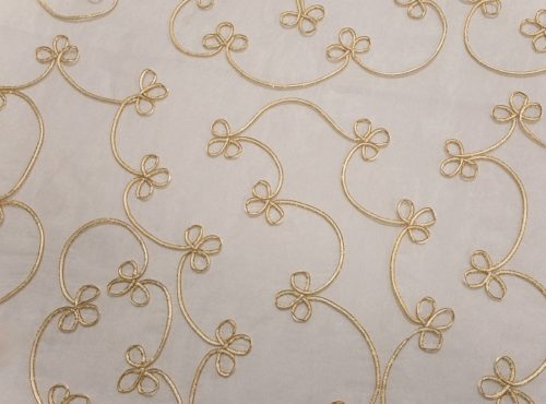 Crystal Clover Table Linen