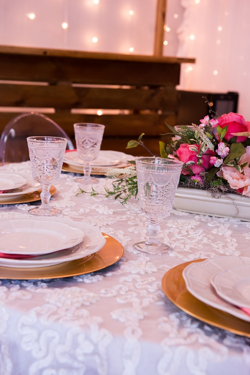 White Luxury Organza Table Linen, White Dimensional Table Cloth