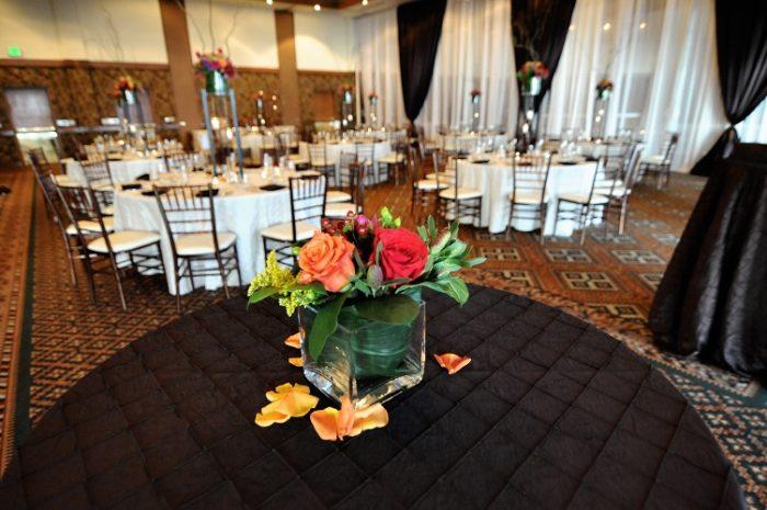 Onyx Pintuck Table Linen, Black Pintuck Table Cloth