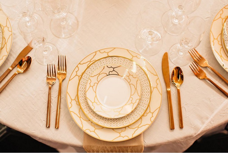 White Crush Table Linen, White Table Cloth
