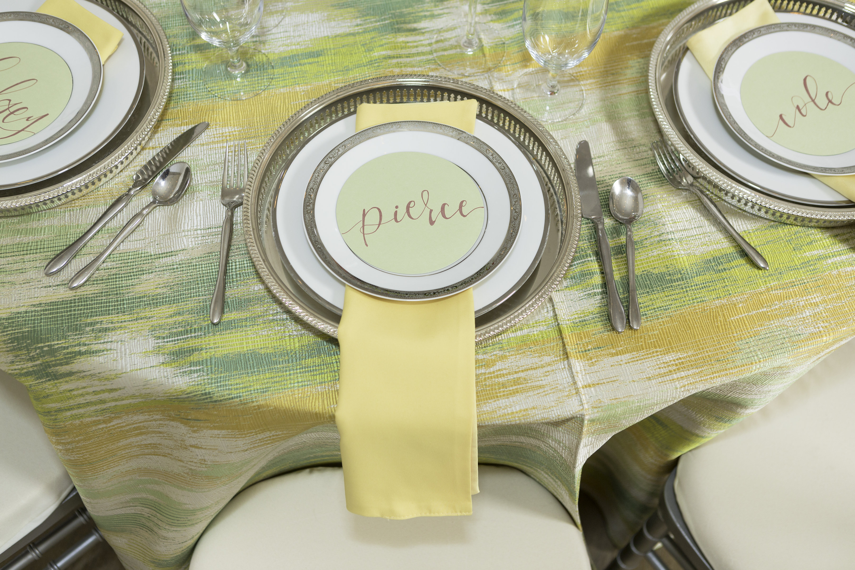 Green Abstract Table Linen, Canary Lamour Napkin