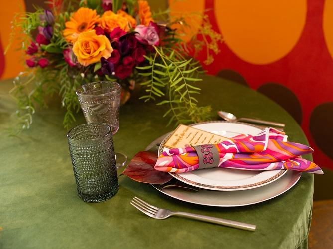 Leaf Plush Velvet Table Linen, Green Velvet Table Cloth