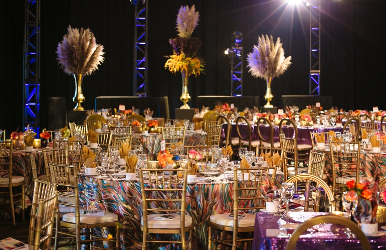 Mardi Gras Carnivale Table Linen, Pink Purple Swirl Table Cloth